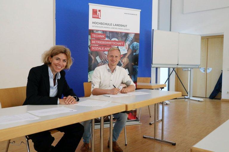 Unterzeichnung der gemeinsamen Erklärung - Energieeffizienznetzwerk